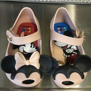 New w/o box Mini Melissa Disney shoes size 5